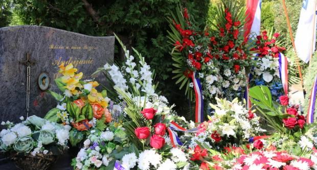 Prošlo je 29 godina od stradavanja heroja Vukovara Luke Andrijanića