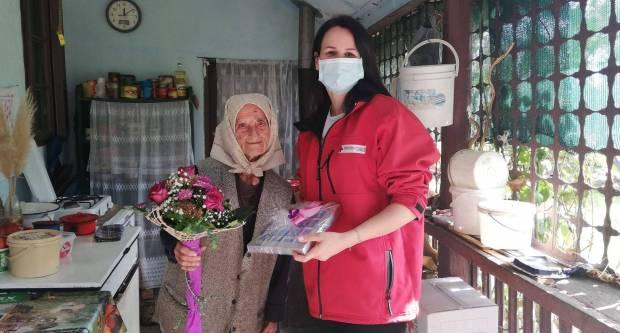Povodom Međunarodnog dana starijih osoba darovali su 99-godišnju Mandu Samardžiju