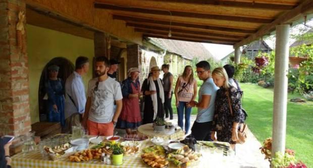 """ILOK: Čak osam ugostiteljskih objekata - restorana, hotela i salaša u našoj županiji ima oznaku """"okusa tradicije"""""""