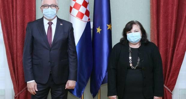 Ćosić održao sastanak s veleposlanicom Bugarske, pogledajte o čemu su razgovarali