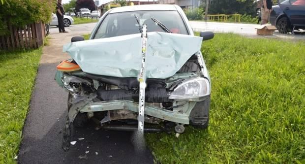 U prometnoj nesreći nastradale tri osobe