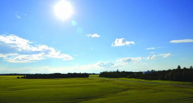 Vrijeme danas pretežno sunčano, najviša dnevna temperatura između 16 di21°C