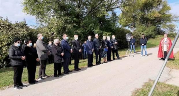 Svečano obilježena 29. obljetnica stradanja mještana Lovasa
