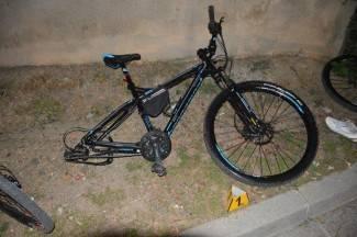 Nalet automobila: Biciklistica slomila nogu, a dijete bez ozljeda