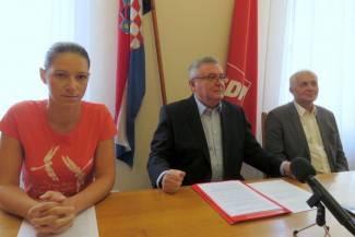 Ronko i Puač poručili: Parkirališta su građena bez dozvole, proračun je oštećen za 700.000 kuna