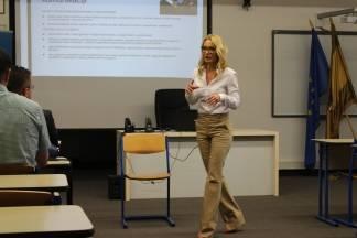 Predavanje o poslovnoj komunikaciji dr.sc. Gabrijele Kisiček
