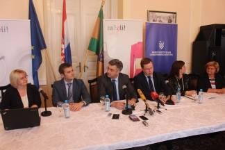Plenković: ¨Program ¨ZAŽELI¨ omogućit će smanjenje broja nezaposlenosti žena i osigurati skrb starijim sugrađanima¨