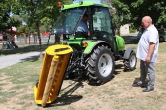 Grad Lipik kupio novi traktor i malčer