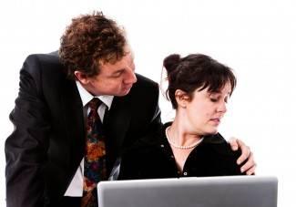 Napastovanje na poslu: Nasrtljivi šef mi nije dao mira